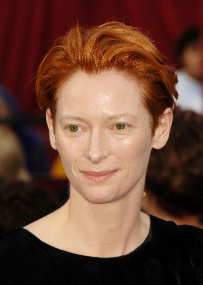 tilda_swinton_2008_academy_awards_4